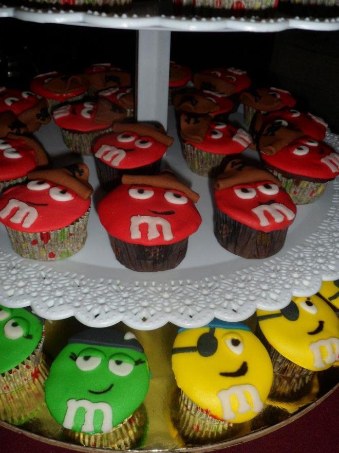 M&Ms cupcakes