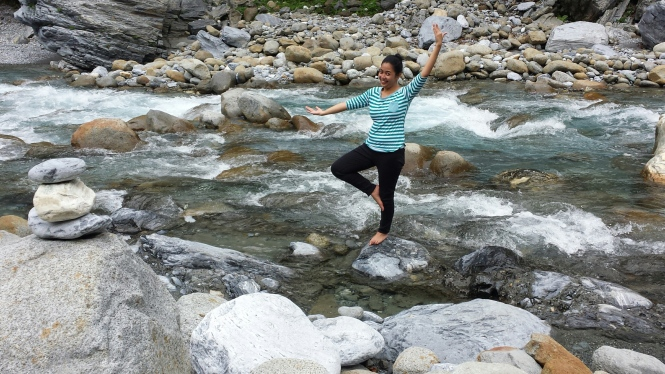 Yoga in the Shakdang stream